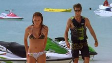 2. Тони Саблан и Джоанна Крупа в купальниках – Макс-разрушитель: Проклятие нефритового дракона