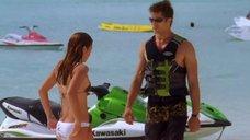 4. Тони Саблан и Джоанна Крупа в купальниках – Макс-разрушитель: Проклятие нефритового дракона