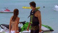 5. Тони Саблан и Джоанна Крупа в купальниках – Макс-разрушитель: Проклятие нефритового дракона