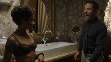 4. Сексуальная Скин Даймонд в черном белье – Подчинение