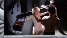 2. Прикованная голая Джена Айвори с кляпом во рту – Подчинение