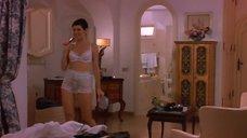 Мариса Томей в белом белье