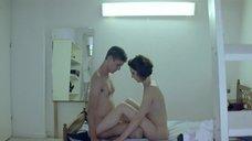 10. Секс с Анной Калаицидоу – Клык