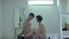 9. Секс с Анной Калаицидоу – Клык