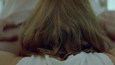 12. Аггелики Папоулья ублажает Анну Калаицидоу – Клык