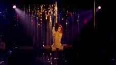 7. Эротический танец Марисы Томей у шеста – Рестлер