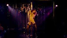 8. Эротический танец Марисы Томей у шеста – Рестлер