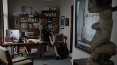6. Саше Александр делают куннилингус на столе – Бесстыжие