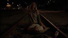 2. Секс с Бояной Новакович железнодорожных путях – Бесстыжие