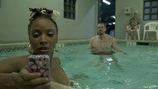 2. Секс с Шанолой Хэмптон в бассейне – Бесстыжие