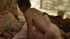 10. Секс с Кристин Келлогг Дэррин в палатке – Бесстыжие