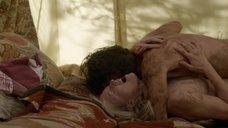 4. Секс с Кристин Келлогг Дэррин в палатке – Бесстыжие