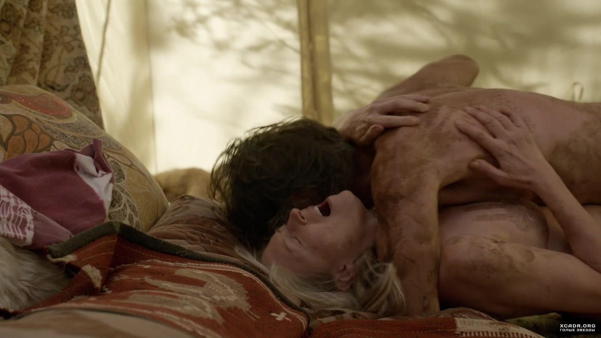 Секс С Кристин Келлогг Дэррин В Палатке – Бесстыжие (2011)