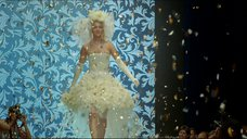 4. Сексуальная Екатерина Вилкова в свадебном платье – Свадьба по обмену