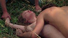 9. Насильственный секс с Камилль Китон – День женщины