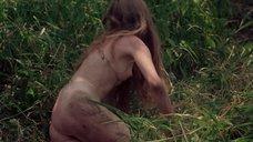 5. Полностью голая Камилль Китон после изнасилования в лесу – День женщины