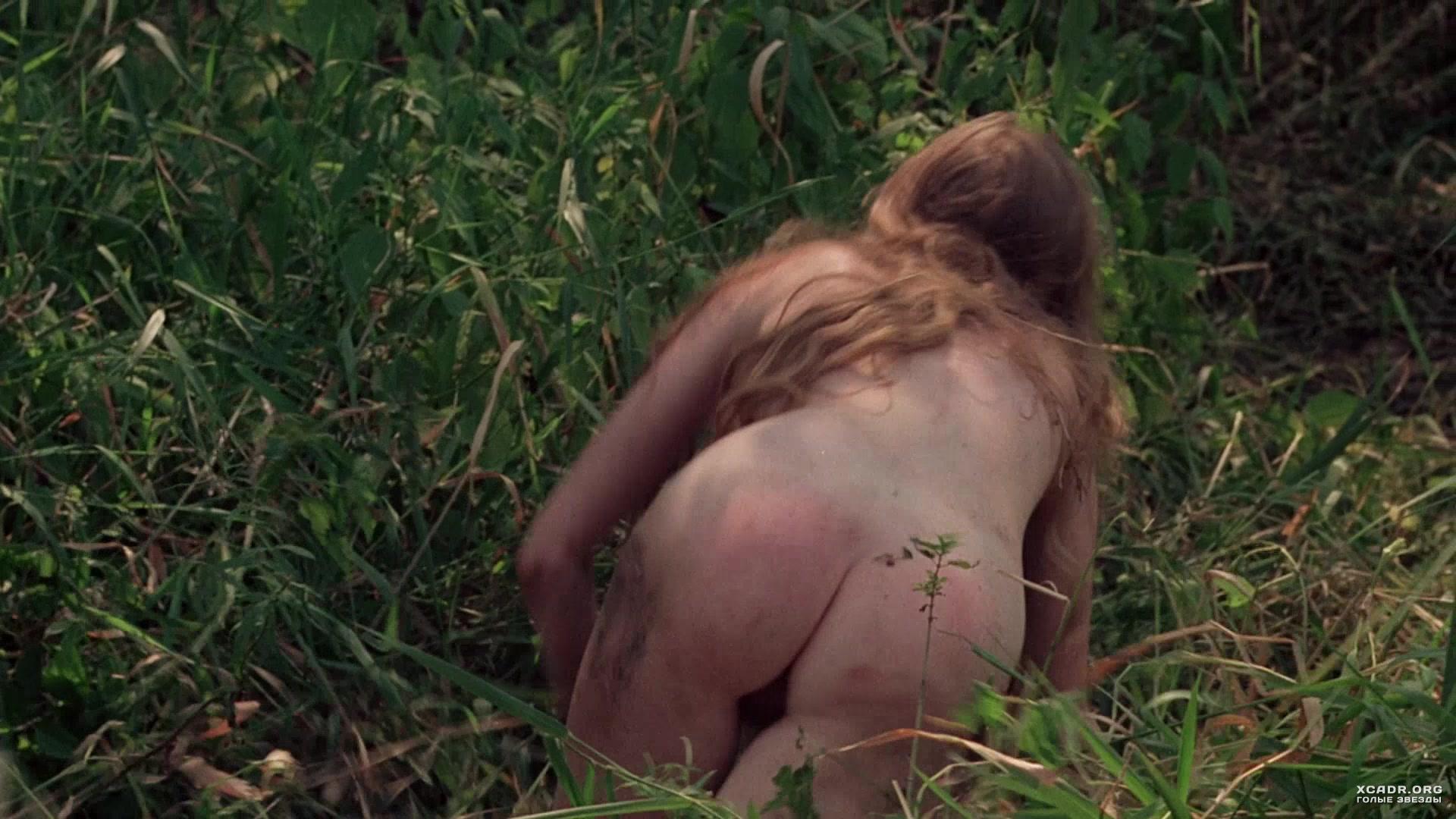 секс сцена в лесу