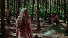 7. Обнаженная Камилль Китон – День женщины