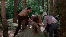 13. Изнасилование Камилль Китон в лесу – День женщины