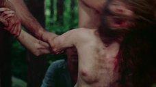 8. Изнасилование Камилль Китон в лесу – День женщины