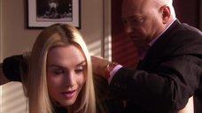 13. Секретаршу Рэйчел Майнер отшлепали по попе – Блудливая Калифорния