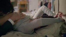 7. Адель Экзаркопулос делают куннилингус в тюремной камере – Роковое влечение