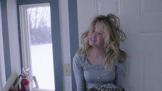 1. Интимная сцена с Хейли Беннетт – Глубокий снег