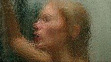 7. Мария Порошина принимает душ – Дневной дозор