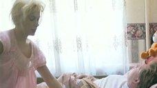 Мария Порошина засветила грудь