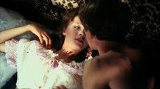 1. Интимная сцена с Дарьей Поверенновой – Лето любви